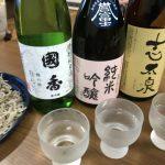 日本酒と蕎麦で楽しんでるヨーって話